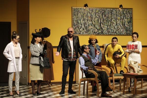2020/09/takintilar-tiyatro-severle-bulustu--7304598c88fe-1.jpg