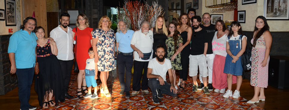 Manço Ailesi Doğum Günü'nde Buluştu