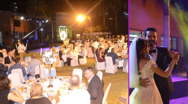 Genç çifte muhteşem düğün