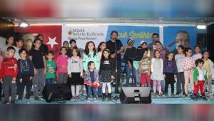 'MÜZİK ŞEHRİN KALBİNDE' EĞLENDİRİYOR